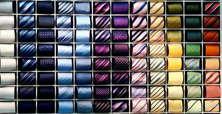 1024px-Tie_collection