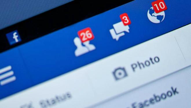 386166-3-ways-to-fight-facebook-fatigue