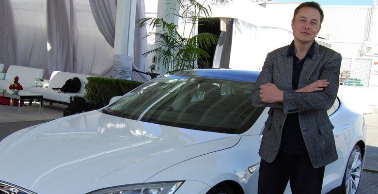 Tesla compra SolarCity por 2,600 mdd