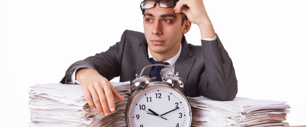 Trabajar horas extras y no ser remunerado es una tendencia en crecimiento