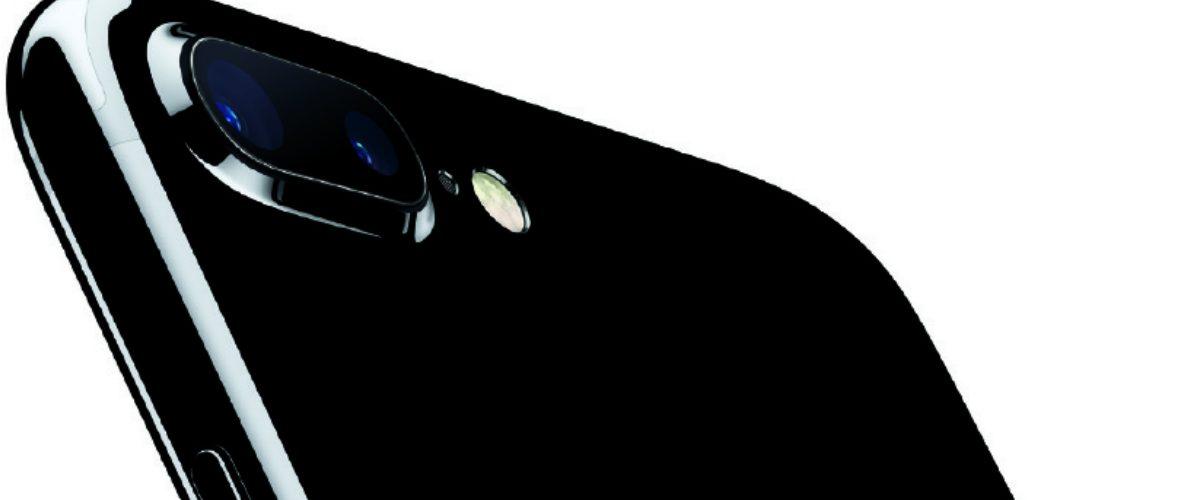 El iPhone 7 negro es elegantísimo, pero se raya a la primera