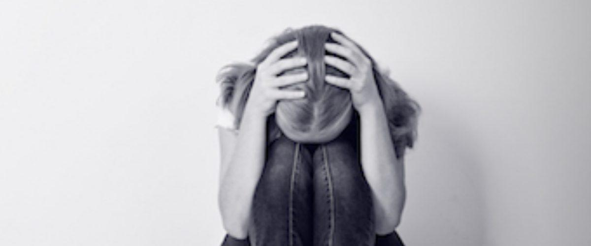 Instagram ofrece ayuda a quien esté pensando en suicidarse