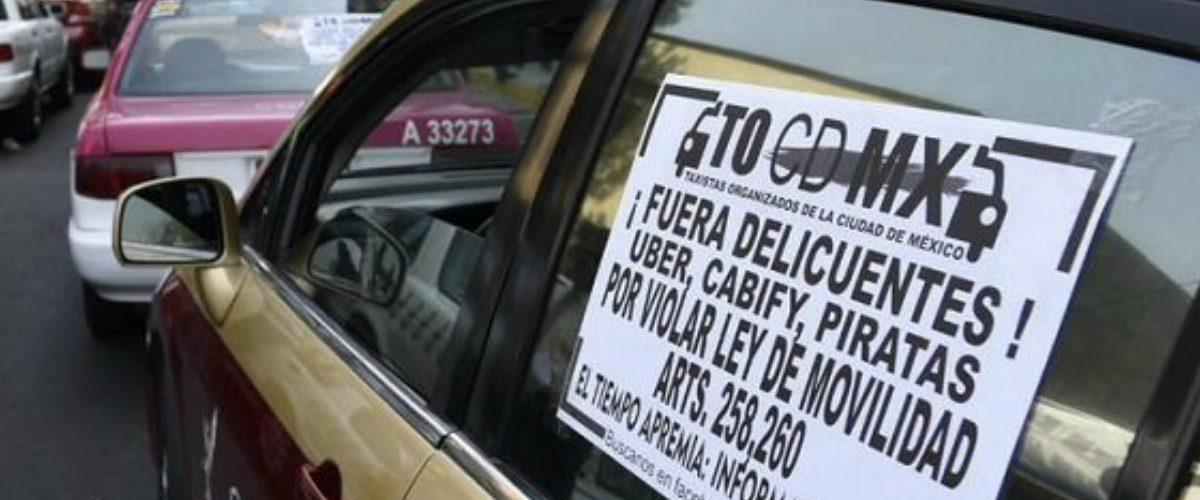 Taxistas se modernizan con tabletas para competir con Uber