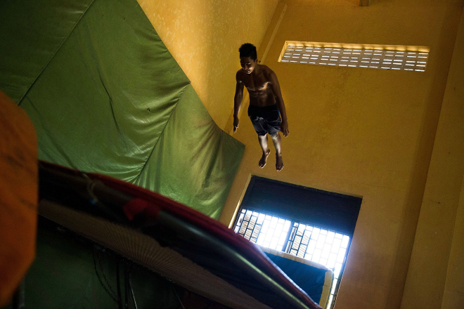 Theres-a-trampoline-room-with-a-20-foot-ceiling-
