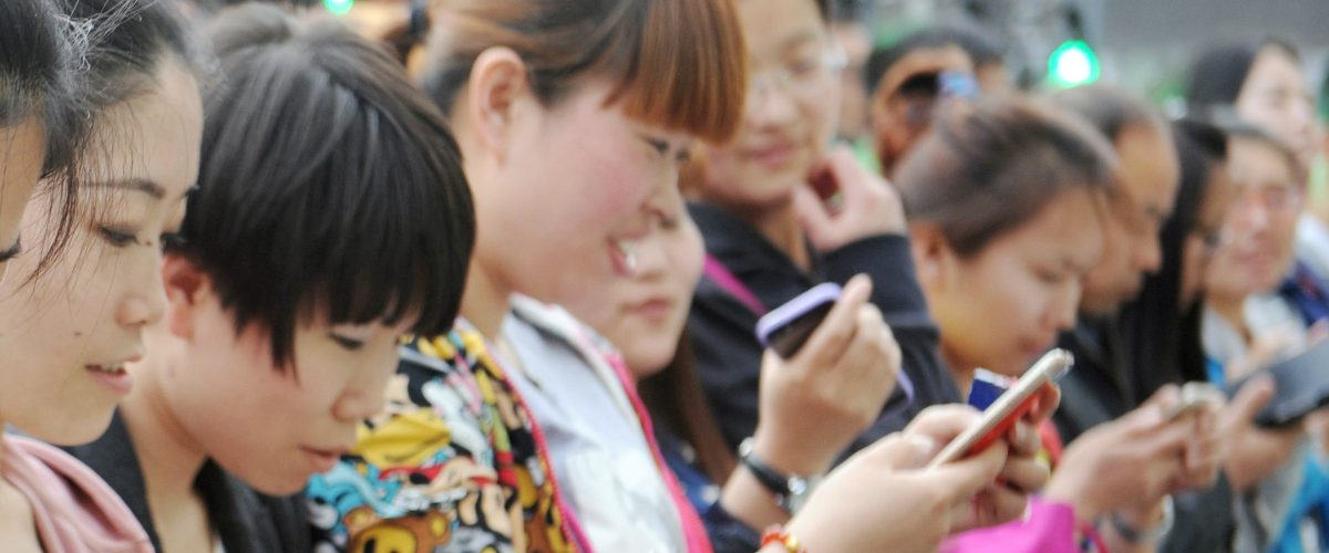 En este país, la mitad de la población consume internet desde su celular