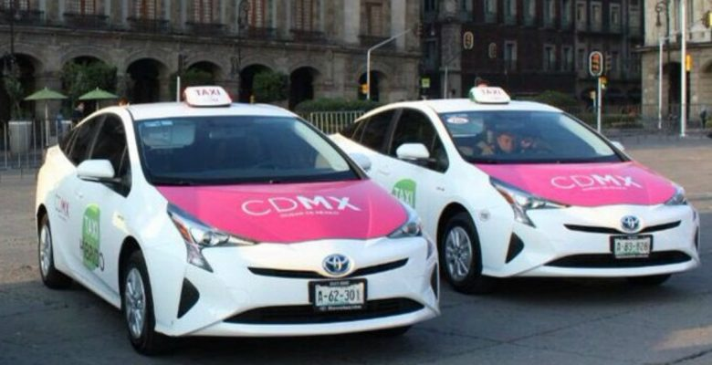 Híbridos, con wifi y botón de pánico: los nuevos taxis de la Ciudad de México