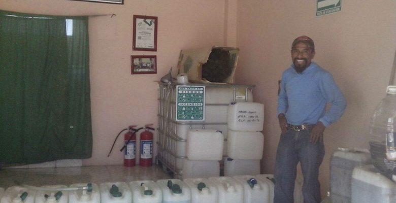 Poblano crea solución ecológica al problema del gasolinazo