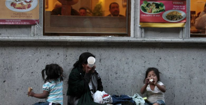 Sólo ocho millonarios poseen la misma riqueza que la mitad más pobre del mundo