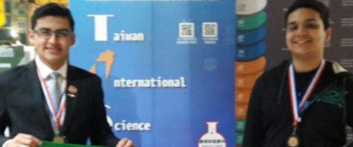 Mexicanos destacan en la Feria Internacional de Ciencias de Taiwán