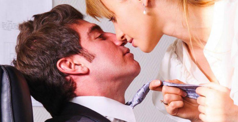 Suecos proponen una hora pagada de sexo para mejorar la productividad laboral