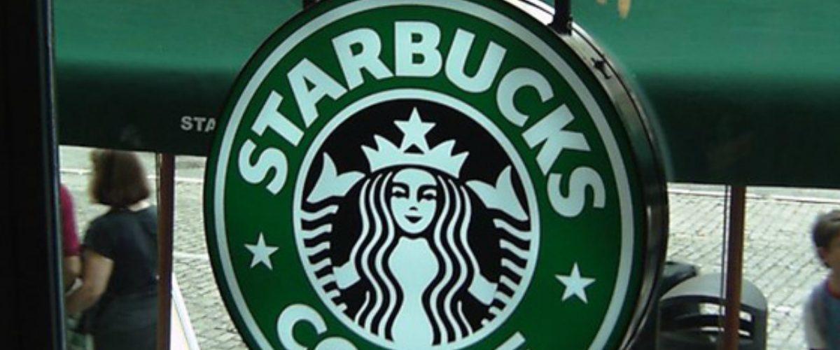 Starbucks 'le declara la guerra' al Departamento de Defensa de EU
