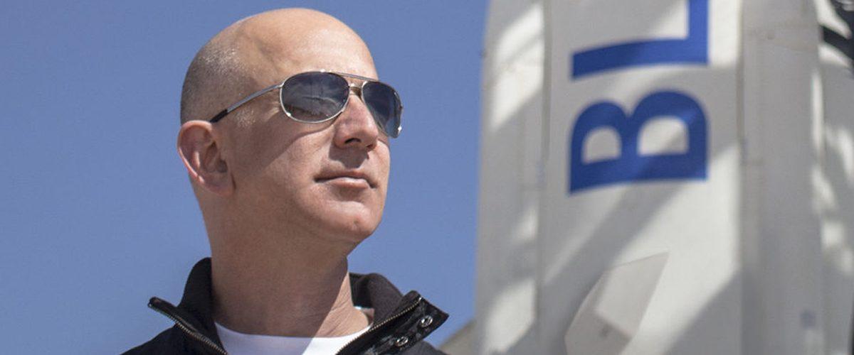El fundador de Amazon quiere hacer envíos a la Luna