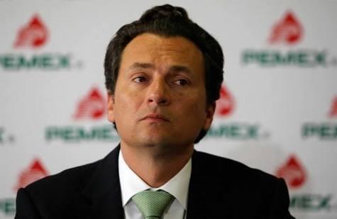 Acusan a exdirector de Pemex de recibir soborno de 5 mdd
