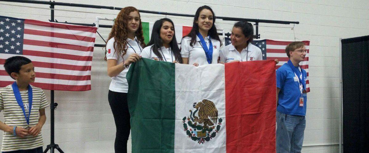 Mexicanas ganan oro en RoboGames 2017