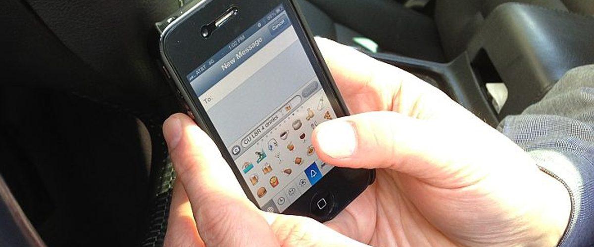 Este dispositivo impedirá que uses el celular mientras manejas