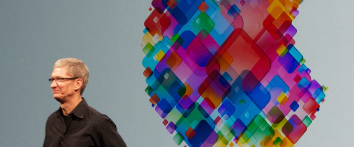 Apple invertirá 1,000 mdd para crear empleos de manufactura en EU