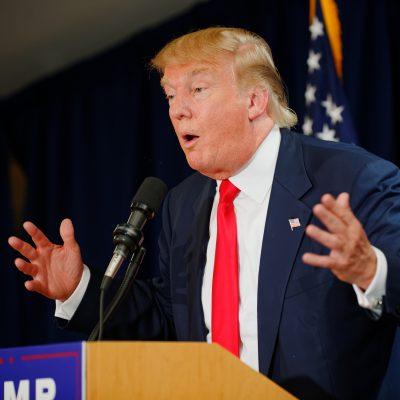 """Trump quiere ponerle paneles solares al muro para que México """"pague menos"""""""