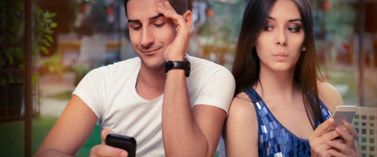 ¿Te gusta poner celosa a tu pareja? podrías ser un narcisista