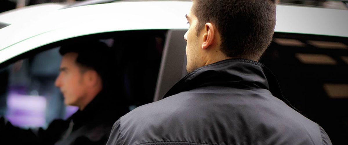 Buscan prohibir a los valet parkings en comercios donde se sirva alcohol