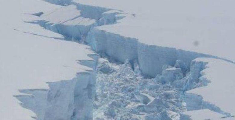 Un gigantesco iceberg se desprendió de la Antártida, ¿qué pasará ahora?