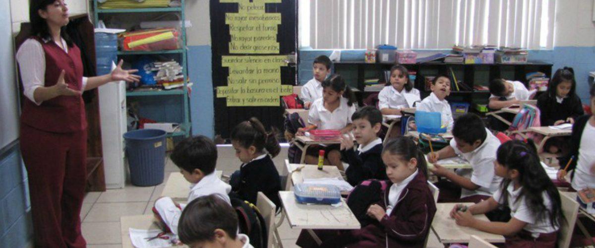 Quieren hacer totalmente bilingües a los mexicanos para 2020