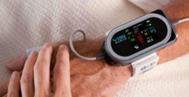 Mexicanos crean pulsera para monitorear los signos vitales