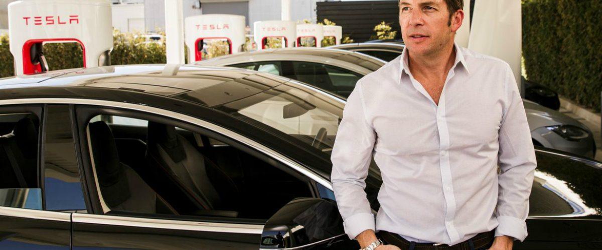 Un mexicano es la mente maestra detrás de los increíbles autos Tesla