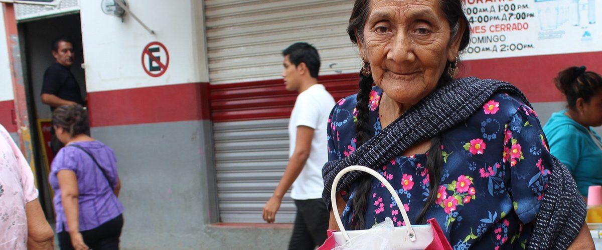 La cifra de mexicanos en pobreza baja 3.4%, según Coneval