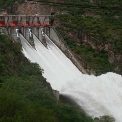 Representantes de organismos operadores de agua de Sonora concluyen diplomado