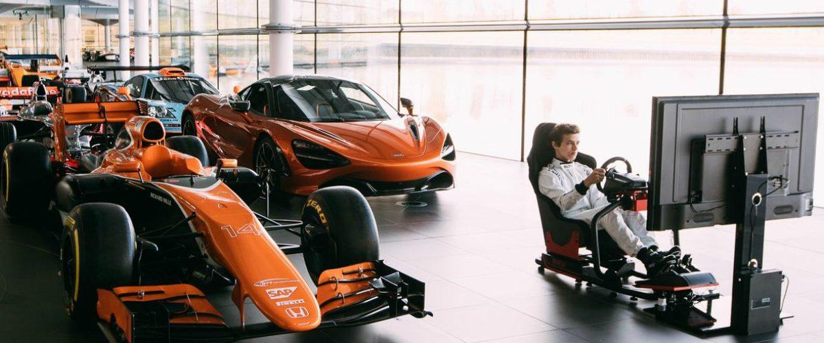 Empezó con videojuegos de carreras y está a punto de convertirse en piloto de F1