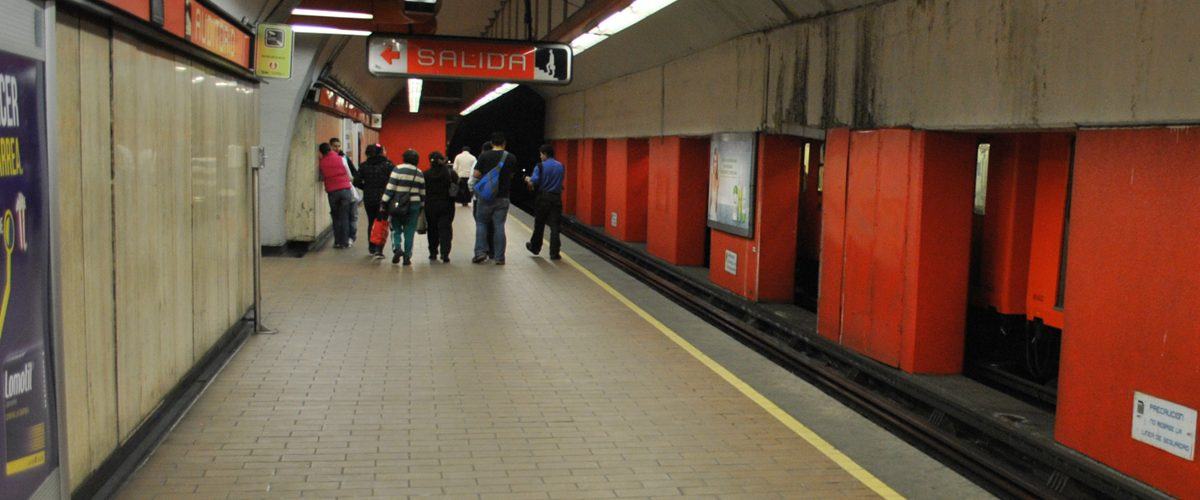 En la Línea 7 del Metro ya puedes conectarte a internet gratis
