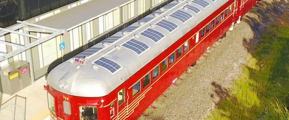 Este novedoso tren solar es el único de su tipo en el mundo