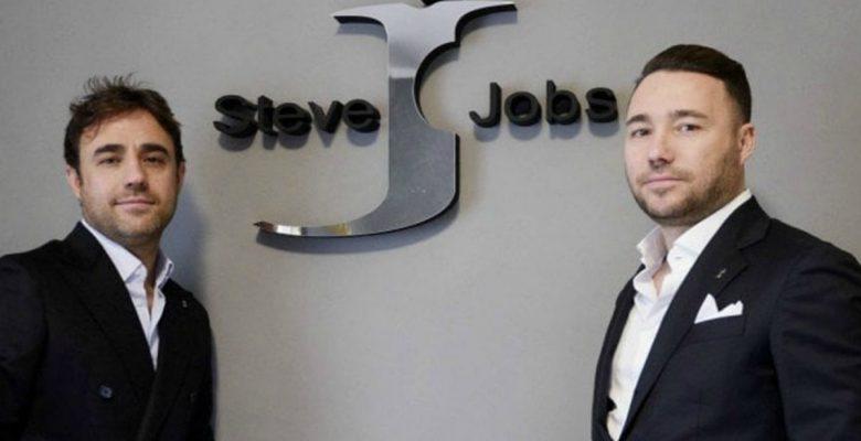 Steve Jobs, la marca de ropa italiana que ganó el derecho a Apple de llamarse así