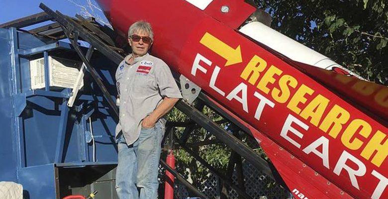Mike Hughes le pone fecha a su lanzamiento en cohete para probar que la Tierra es plana