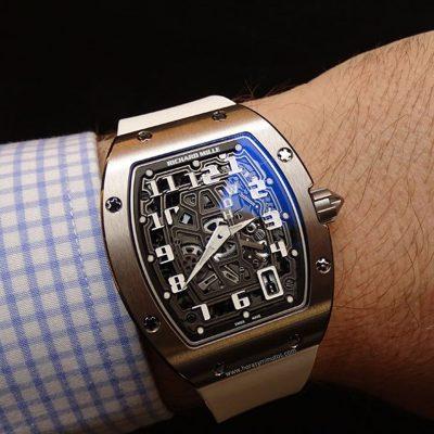 ¿En verdad cuesta millones ese reloj del que todos hablan?