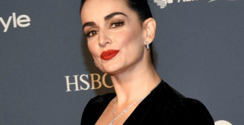 Con este tuit, la actriz Ana De la Reguera confirmó que es una 'AMLOver'