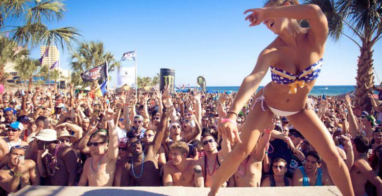 Cancún pide a spring breakers comportarse y no desnudarse en la vía pública
