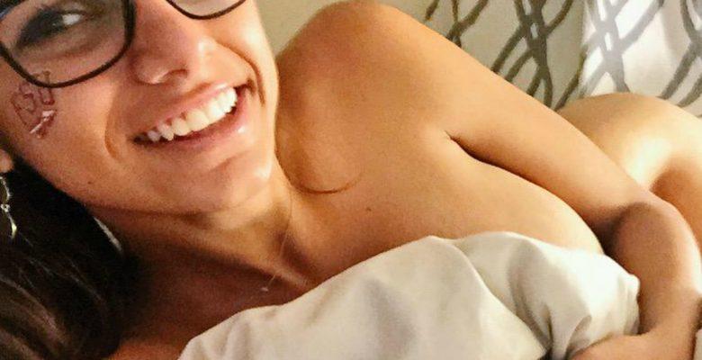Mia Khalifa vuelve a las andadas, se desnuda, y así lo presume en Twitter
