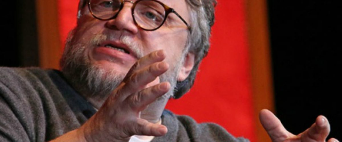 Del Toro calificó de 'Aterrador' el asesinato de estudiantes de cine en Jalisco