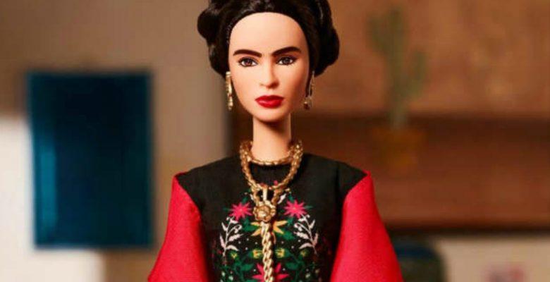 #Agarrón: La batalla que impedirá comprar la muñeca de Frida Kahlo
