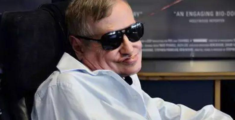 Afamado y adinerado, así fue Stephen Hawking y esta es la fortuna que dejó