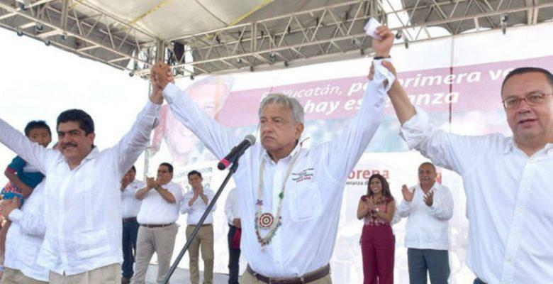 La polémica alianza de AMLO y Manuel Espino revienta internet