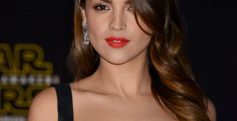 Eiza González actuará en su próxima película con Arnold Schwarzenegger