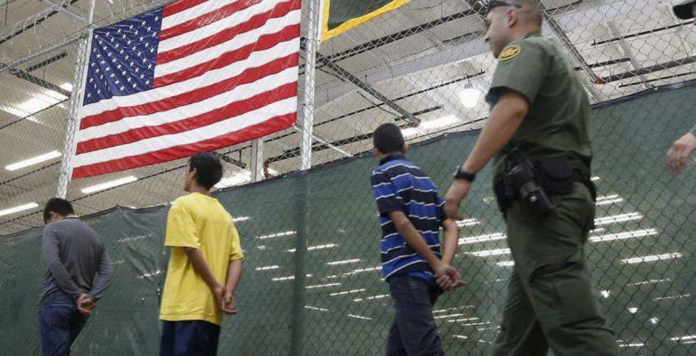 """Padres que elijan la """"deportación voluntaria"""" podrán reunirse con sus hijos"""