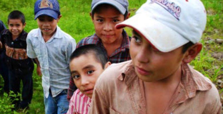 EU no cumple con el plazo para unir a familias migrantes