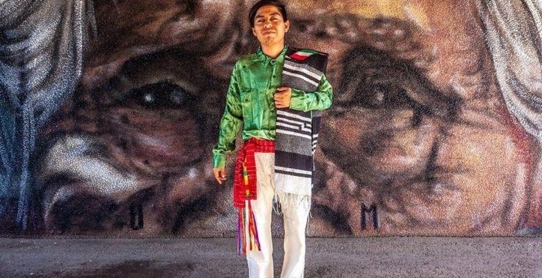 El artista triqui que dejará huella con sus murales en Europa
