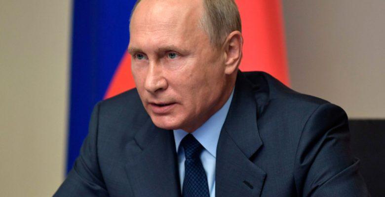 """Putin invita al entrenador y jugadores de Rusia para """"discutir su desempeño"""" en el Mundial"""