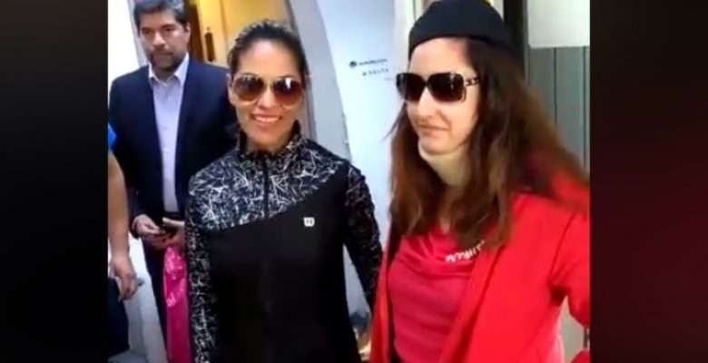 #Aplausos: Así recibieron a las sobrecargos del vuelo de Aeroméxico