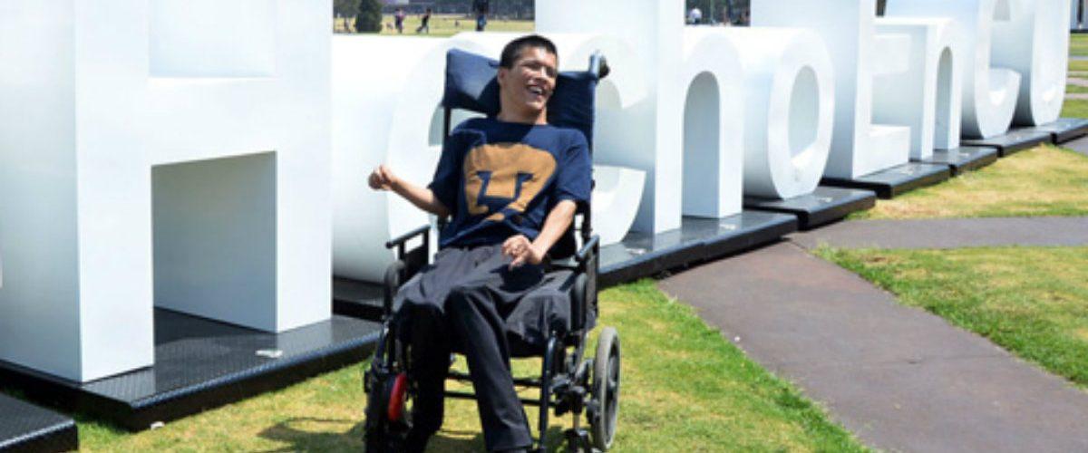 """""""Un pequeño paso para mí, un gran paso para la inclusión""""; joven con parálisis cerebral será profesor en la UNAM"""