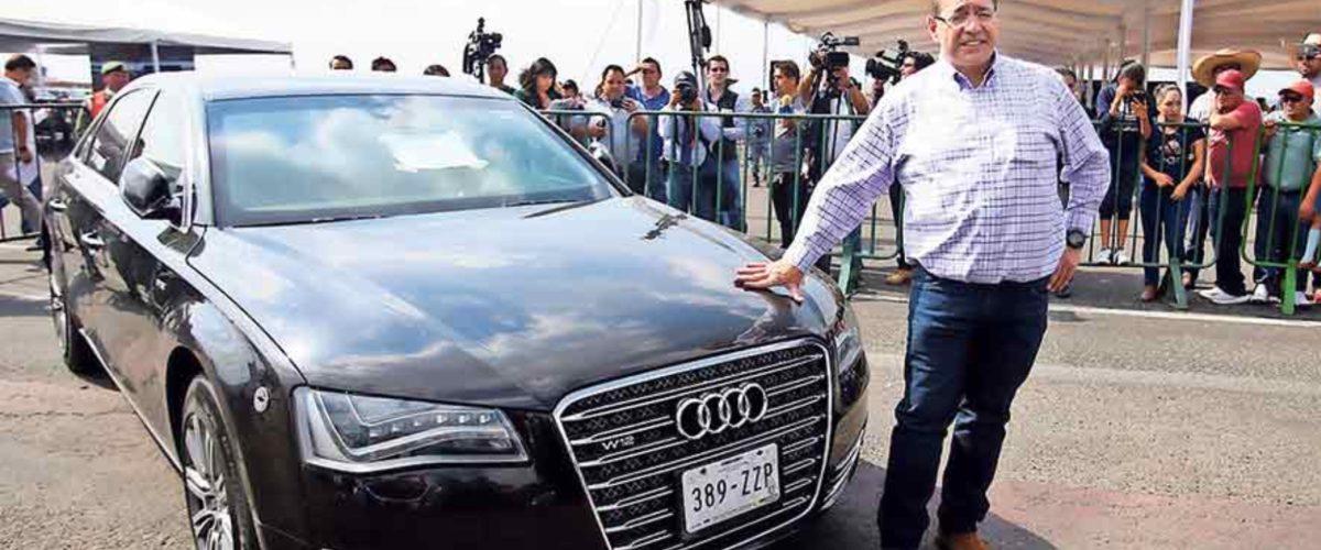 El empresario que compró el auto más caro de la subasta de AMLO